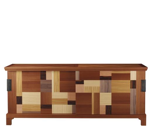 Oolong是一款带滑动门的木质矮柜,置物架和抽屉配有皮革面板,青铜把手,请参见Promemoria产品目录 | Promemoria