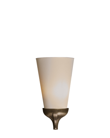 Cleo is a wall bronze lamp, with a linen, cotton or hand-embroidered silk lampshade, from Promemoria's catalogue | Promemoria
