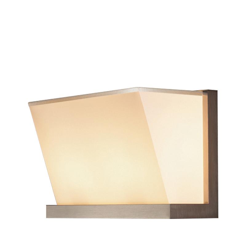 Colette LED壁灯采用铜、镍或铬制成,亚麻、纯棉面料或手工缝边灯罩,请参见Promemoria产品目录 Promemoria