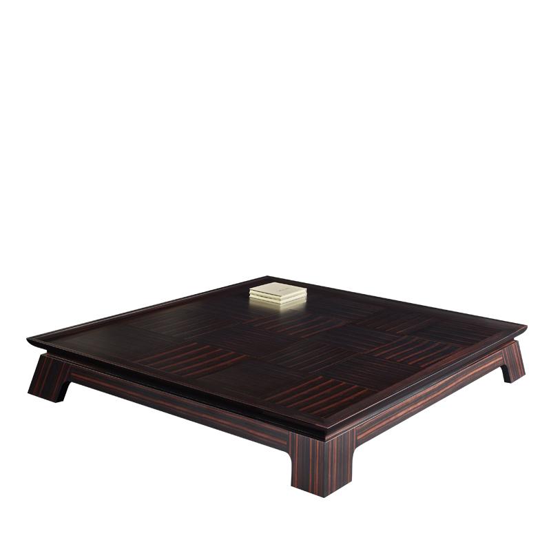 令人印象深刻的Plenilune实木咖啡桌配有皮革、青铜或大理石桌面,请参见Promemoria产品目录 | Promemoria