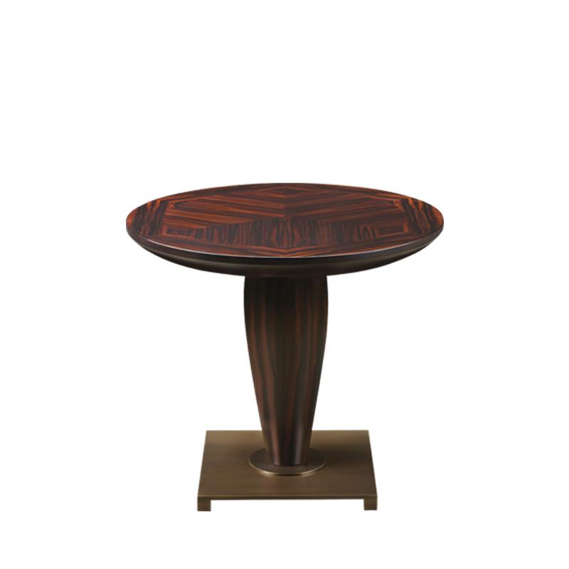 Bassano实木小桌配有青铜底座,请参见Promemoria产品目录 | Promemoria