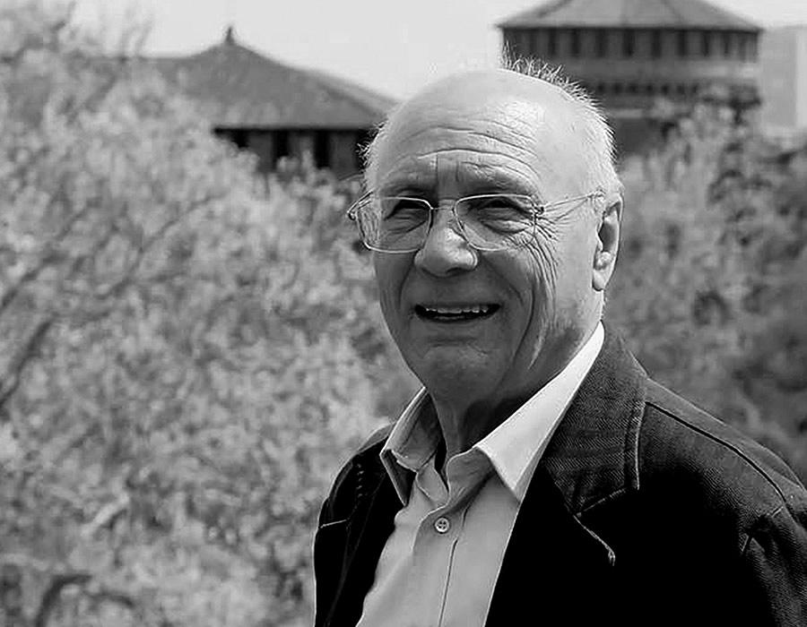 Piero Castiglioni, Italian designer and a leading exponent of lighting technology worldwide who has collaborated with Promemoria   Promemoria