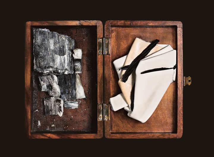Promemoria usa materiali pregiati abbinati a lavorazioni artigianali di alto livello | Promemoria